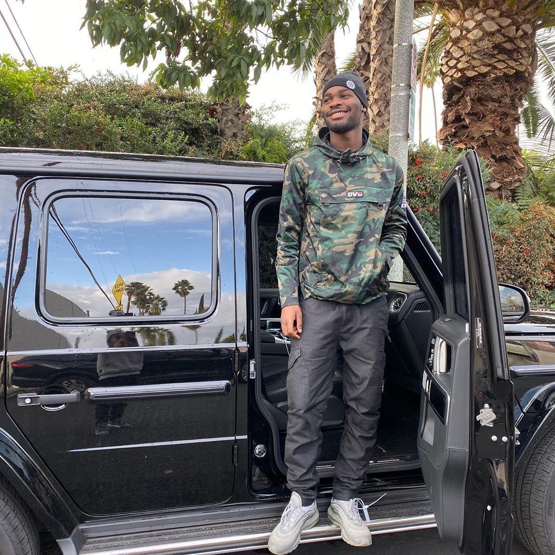 "SANTAN on Instagram: ""Link me in LA🌴🌝""   #cars #car #luxurycar #Lamborghini #Bentley #rollroyce #gwagon #wagon #carinterior #carexterior #interior #exterior #celebrity #celebritycars #expensive #expensivecar #Mercedes #Porsche"