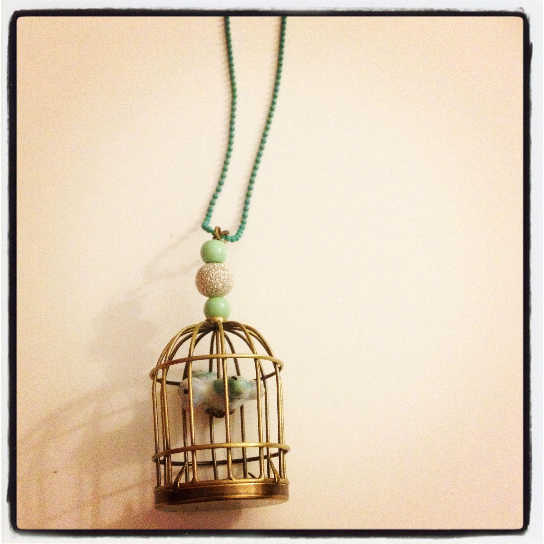 Homemade sautoir turquoise cage avec oiseau