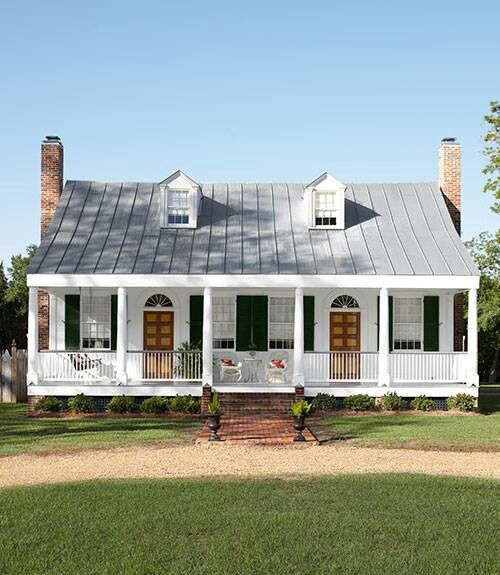 A Little Home East Texas Www Avcoroofing Com We Offer A Free Professional 16 Point Roof Inspection We Also House Exterior Historic Home Farmhouse Exterior