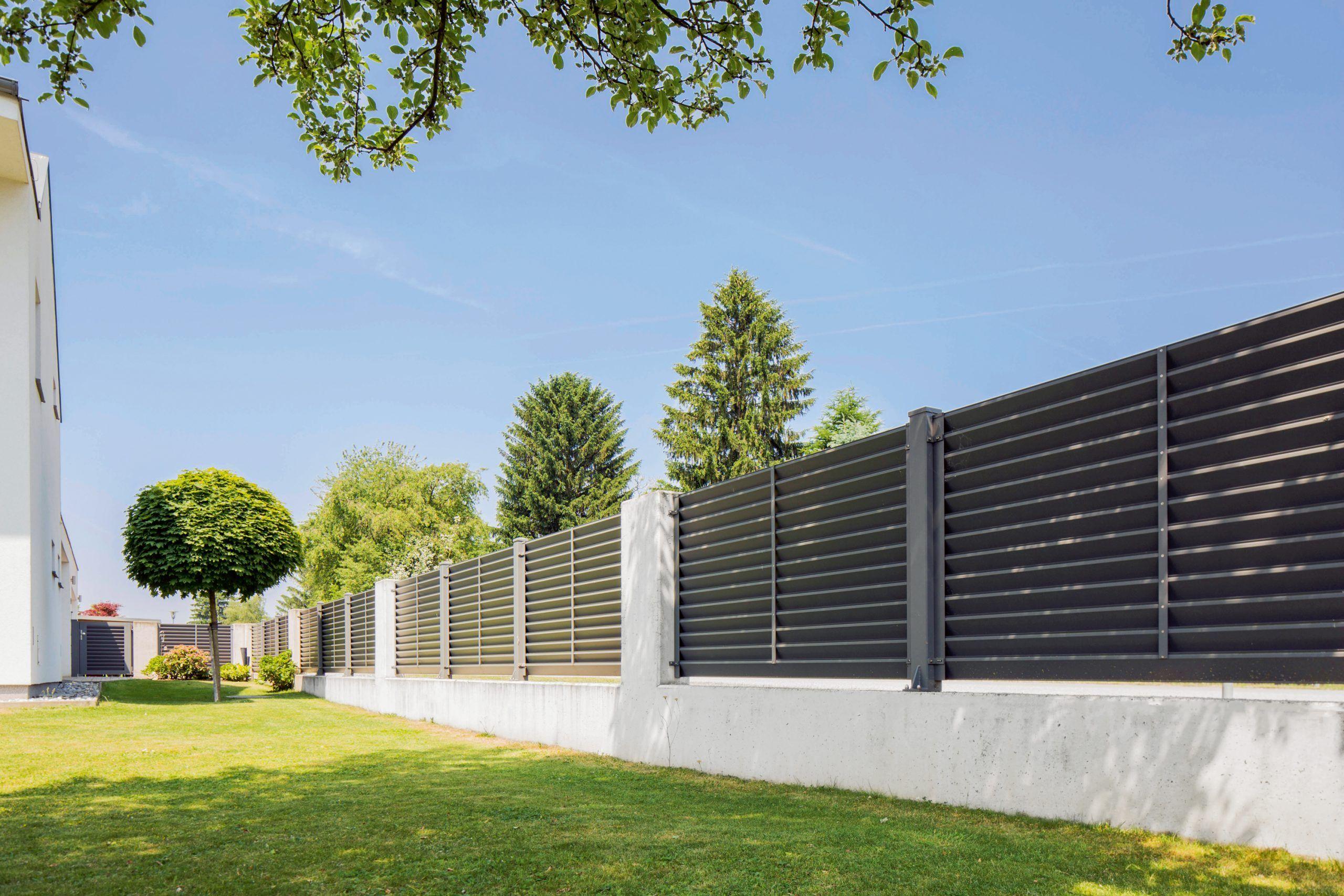 Bewahren Sie Privatsphare Mit Stil Zaune Tore Und Balkone Mit