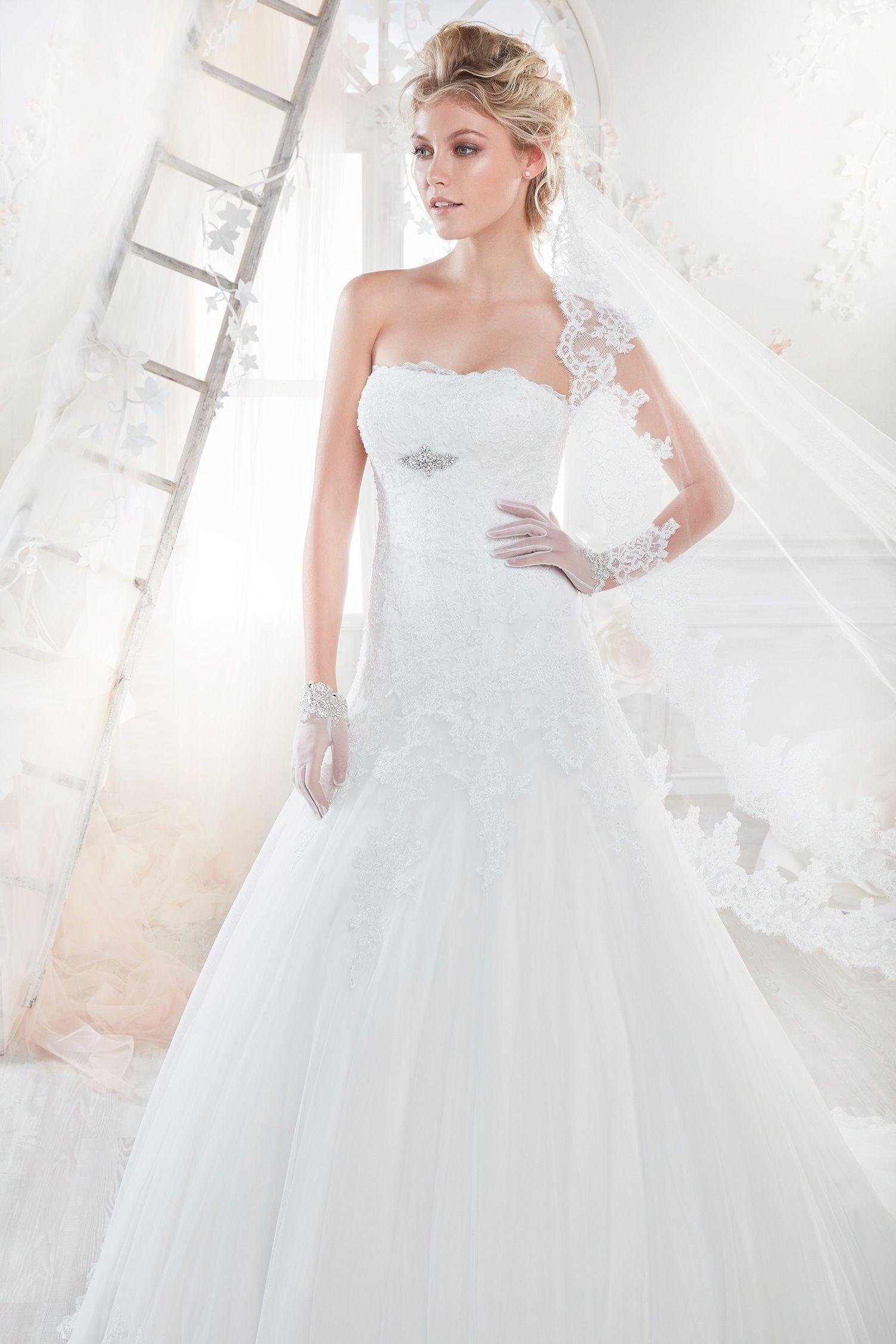 Pin de C & C Trends en Bodas y Novias | Vestidos de novia
