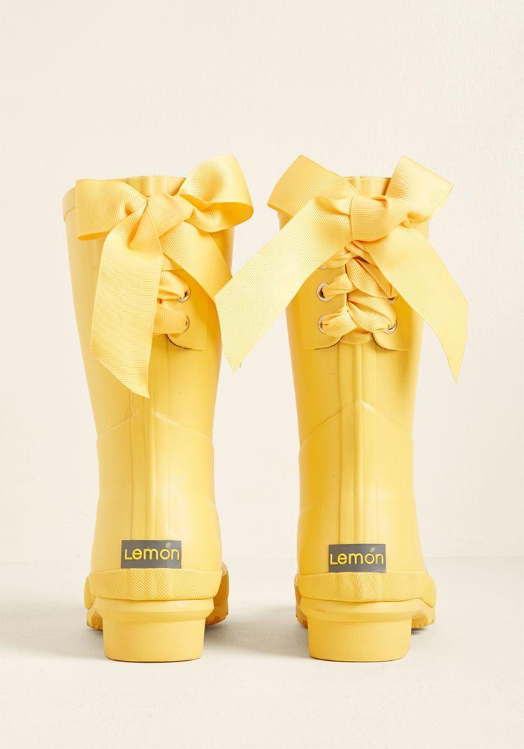Good To The Last Raindrop Rain Boot In Rubber Duck Rain Boots Fashion Cute Rain Boots Yellow Rain Boots