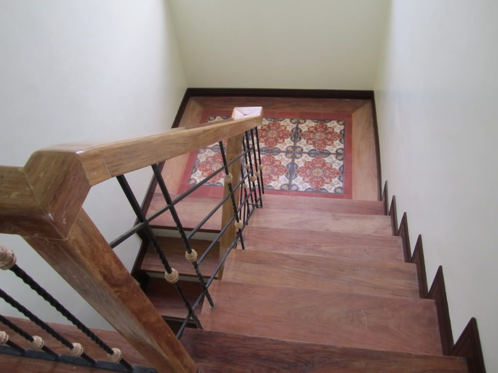 Stairs Landing With Machuca Tiles Stair Landing Stairs Tile Stairs