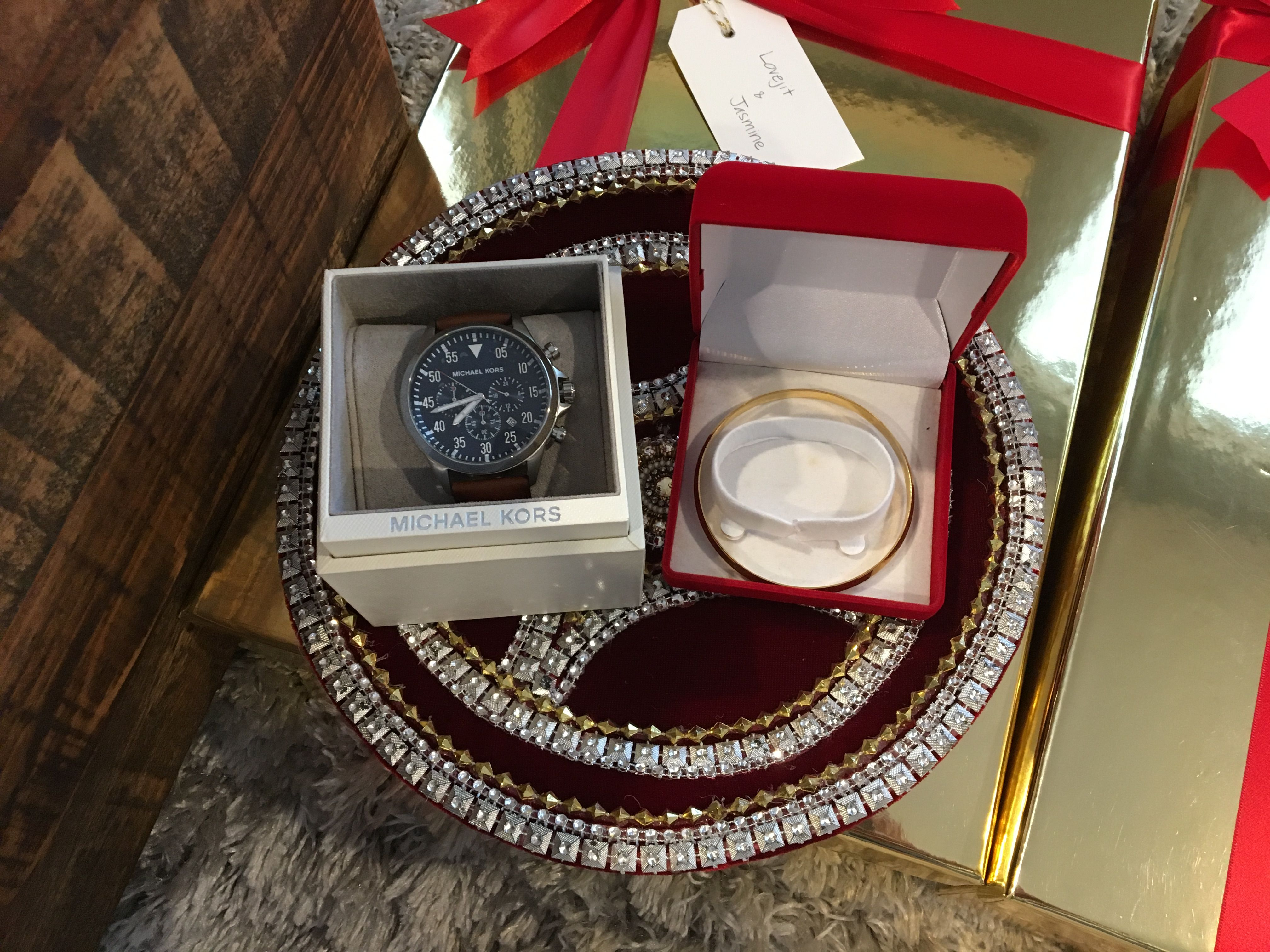 Wedding Ceremony Gift: Indian Shagan, Shagun, Gift Basket, Takha, Roka, Sagai