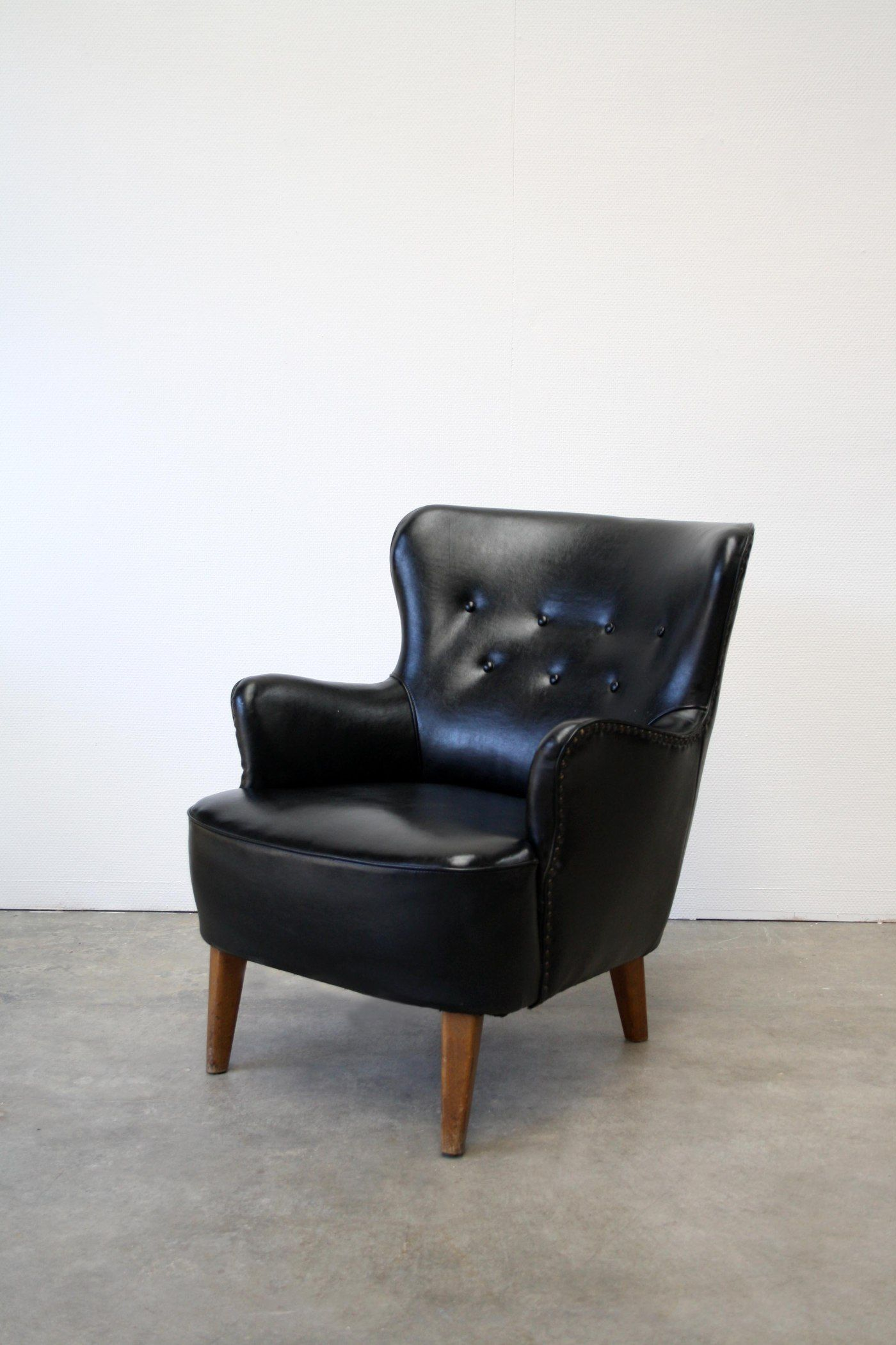 Relax Lounge Stoel.Theo Ruth Artifort Fauteuil Relax Lounge Chair For Sale At Www