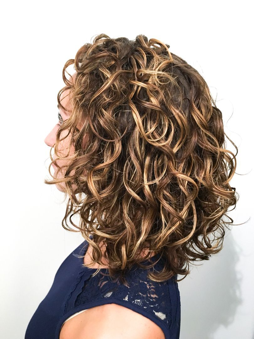 26++ Naturally curly hair cuts ideas in 2021