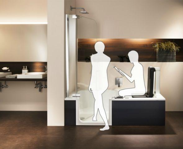 bad profi frank weiss empfiehlt duschbadewanne mit tur und hebesitz unabhangigkeit im bad bild 9