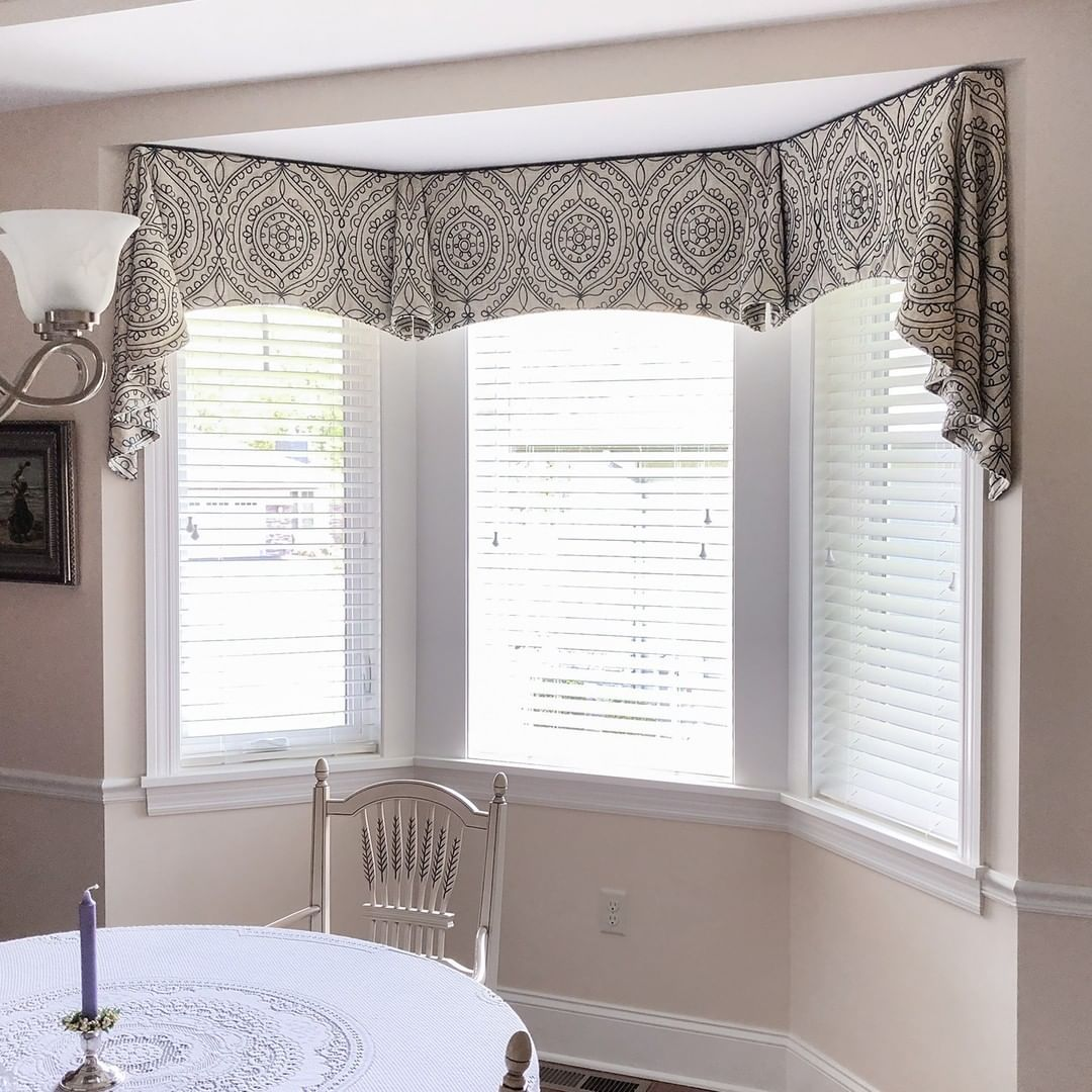 68 Bay Window Treatments Ideas In 2021 Bay Window Treatments Bay Window Window Treatments