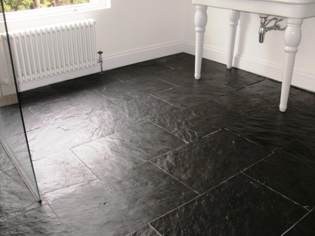 Slate flooring and black slate floor ti familyhouseco for Slate wet room