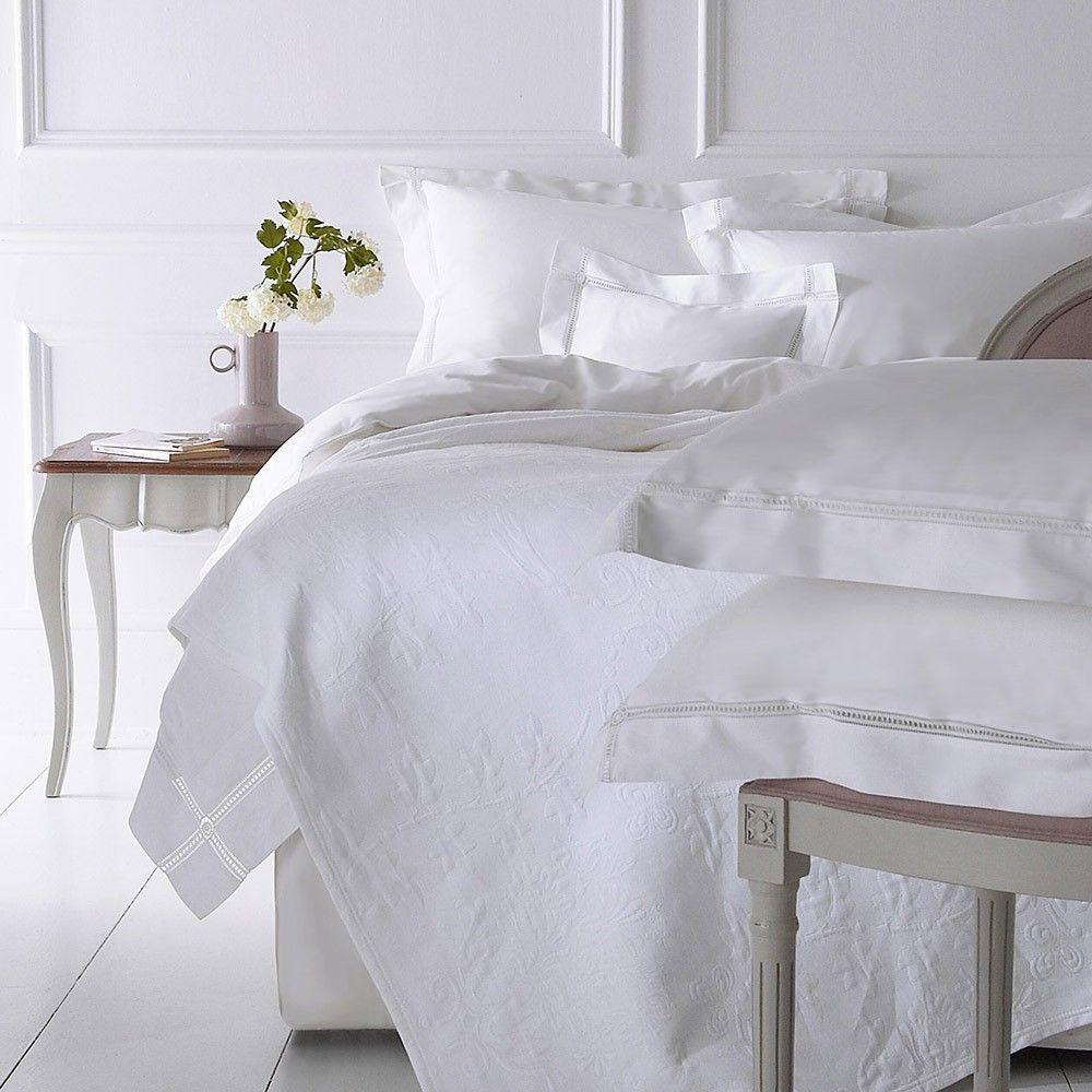 Medallion interior design module shopping pinterest bed