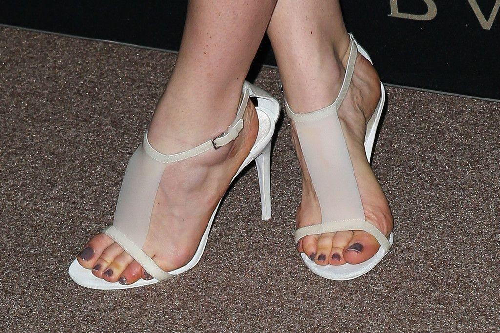 d12f8dce9eeeb Annabelle Wallis s Feet    wikiFeet