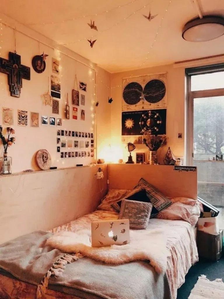 36 Most Fabulous Dorm Room Wall Decor Ideas To Make Your Roommates Jealousy 19 Design Sepatula Com Dorm Room Wall Decor Small Bedroom Decor Dorm Room Decor