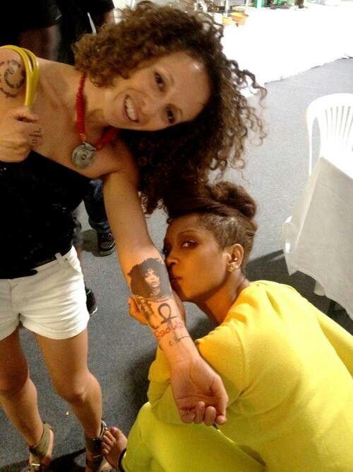 Erica Badu Tattoos : erica, tattoos, Erykah, Admiring, Fan's, Tattoo, Tattoo,, Badu,, Tattoos