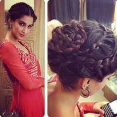 Best Sonam Kapoor Bun Hairstyles For Indian Wedding And Festive Season Elegant Wedding Hair Indian Bride Hairstyle Indian Wedding Hairstyles