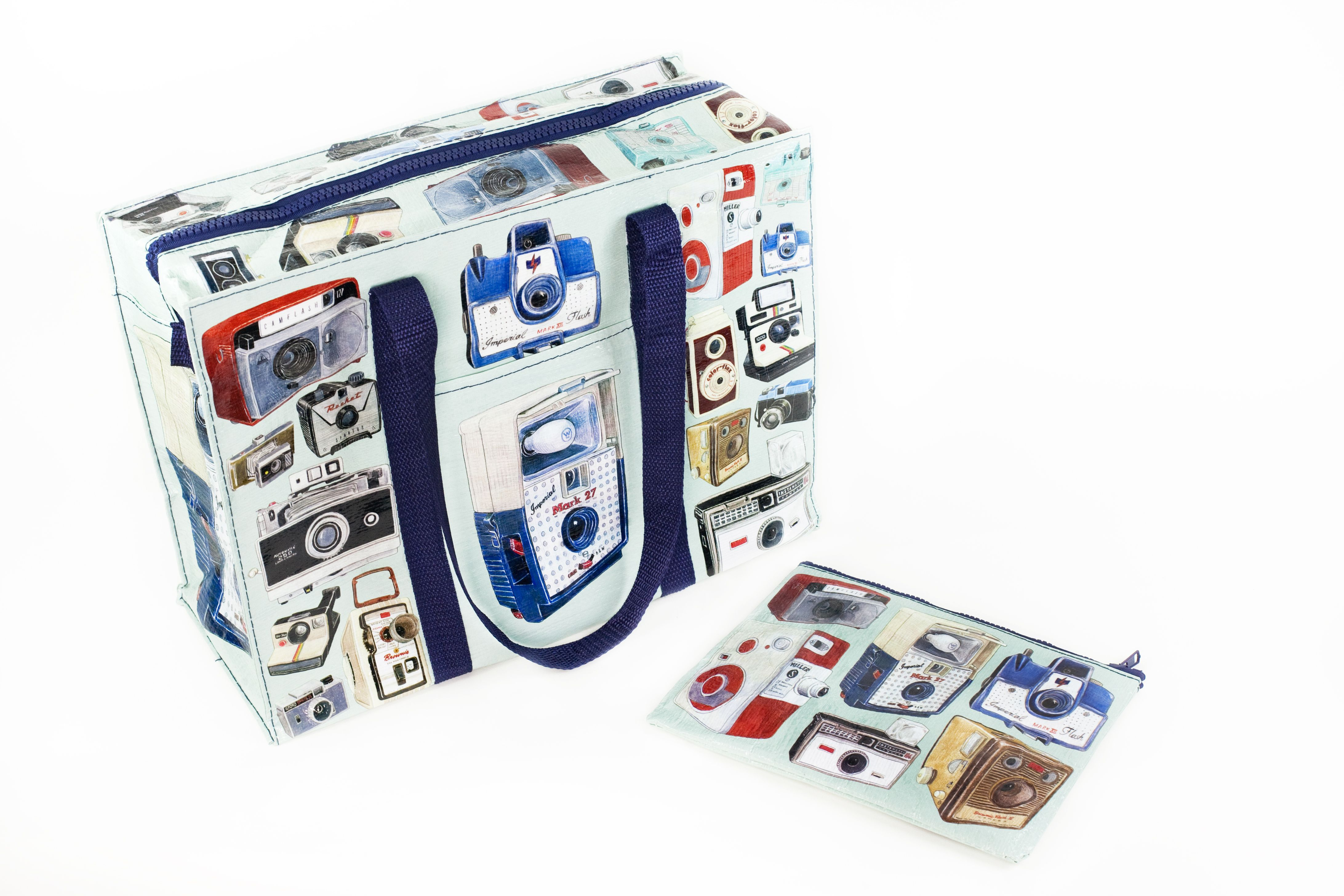 Vintage Camera Tote and Pouch - Flaunt your undying camera love with an uber-cool illustrated bag set. ($25.00, http://photojojo.com/store)