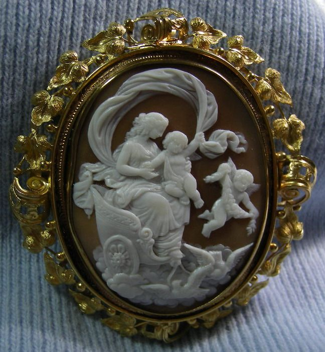 """""""Venus on Her Chariot""""  Shell Cameo in 15k Gold Frame, French,  c. 1840-1850"""