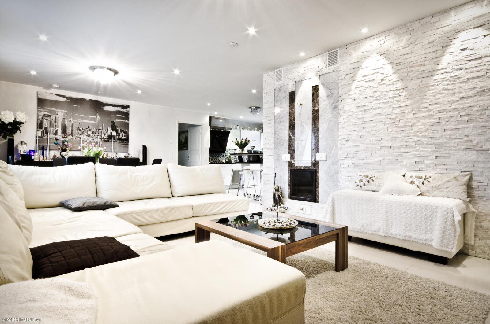 Myytävät asunnot, Kärppätie 21B, Vantaa #oikotieasunnot #olohuone | Living rooms / Olohuoneet ...
