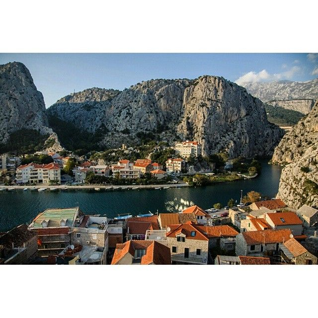 View on small croatian town Omiš from old pirate fortress Mirabella. Photo by Dmitri Korobtsov.