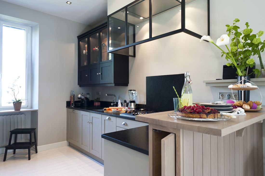 Une cuisine sur mesure dans un petit espace - Ambiance Atelier ...