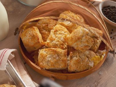 Salt And Pepper Biscuits With Bacon Er Farmhouse Rules