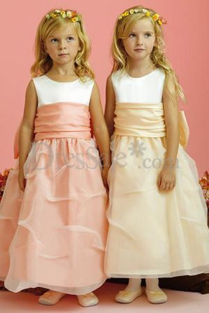 Twin Flower Girls