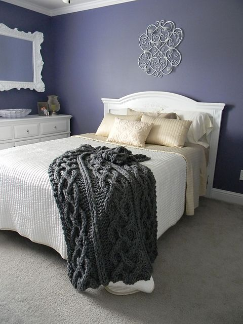 Big chunky cable knit blanket pattern by theresa boyce for How to make a big chunky knit blanket
