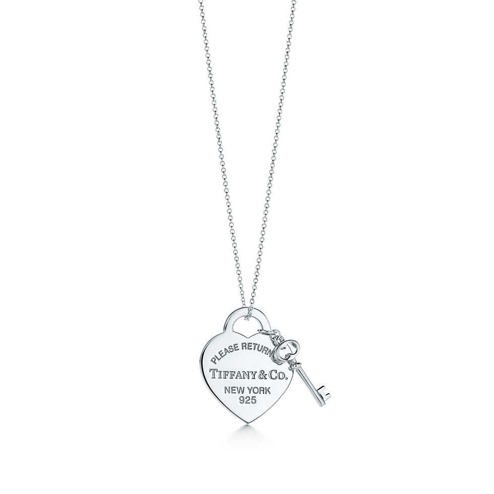 Return To Tiffany Medium Heart Tag With Key Pendant In Sterling Silver Tiffany And Co Necklace Tiffany Necklace Tiffany Heart