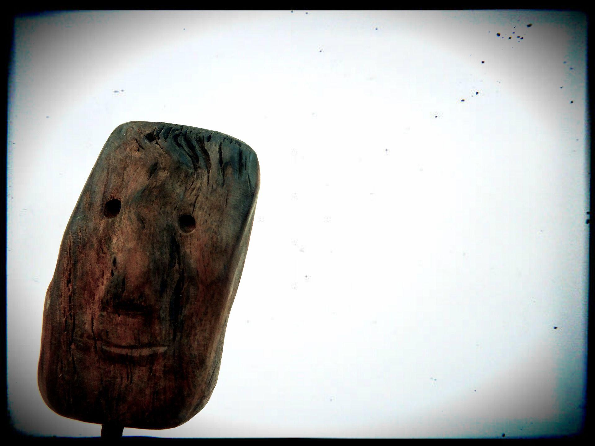Papa's got a brand new board, statue de surfeur en bois : Sculptures, gravures, statues par mutoz-inc