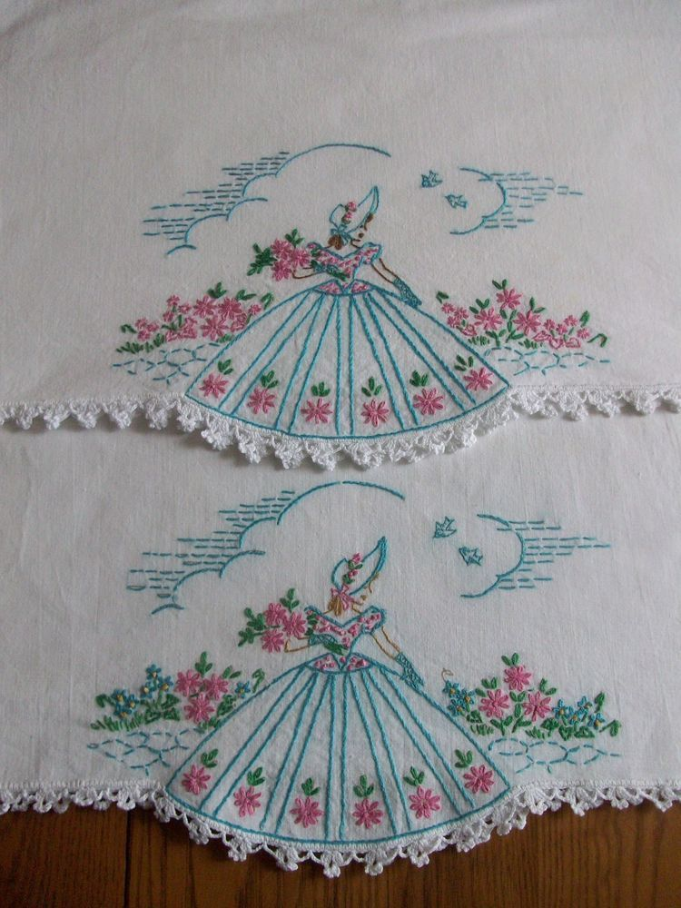 Tobin Forget Me Not Stamped Tablecloth Embroidery Kit
