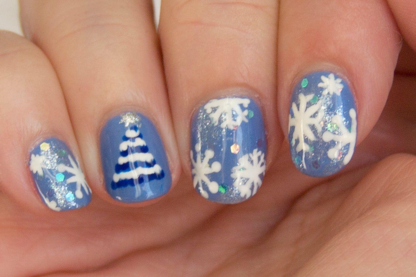 Diseño de uñas de Navidad en azul (árbol fácil) / Christmas nail ...