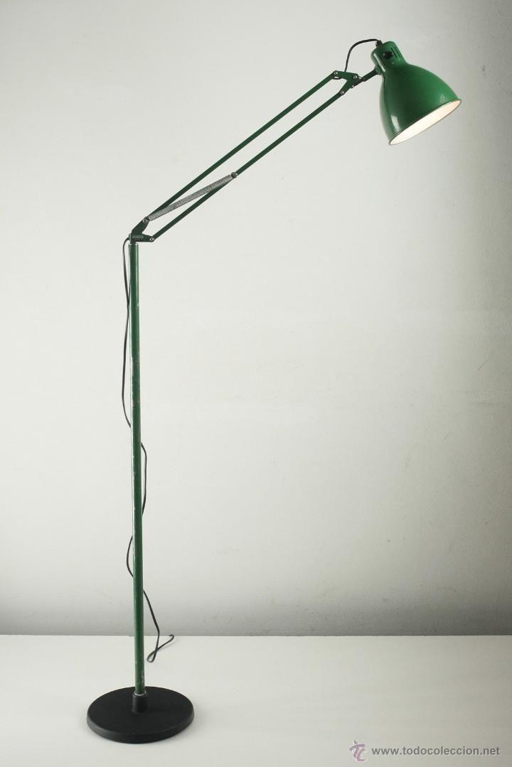 L mpara de pie tipo fleco articulado verde metalarte arma espa a 70 39 s 80 luces lumi re - Flexos de diseno ...