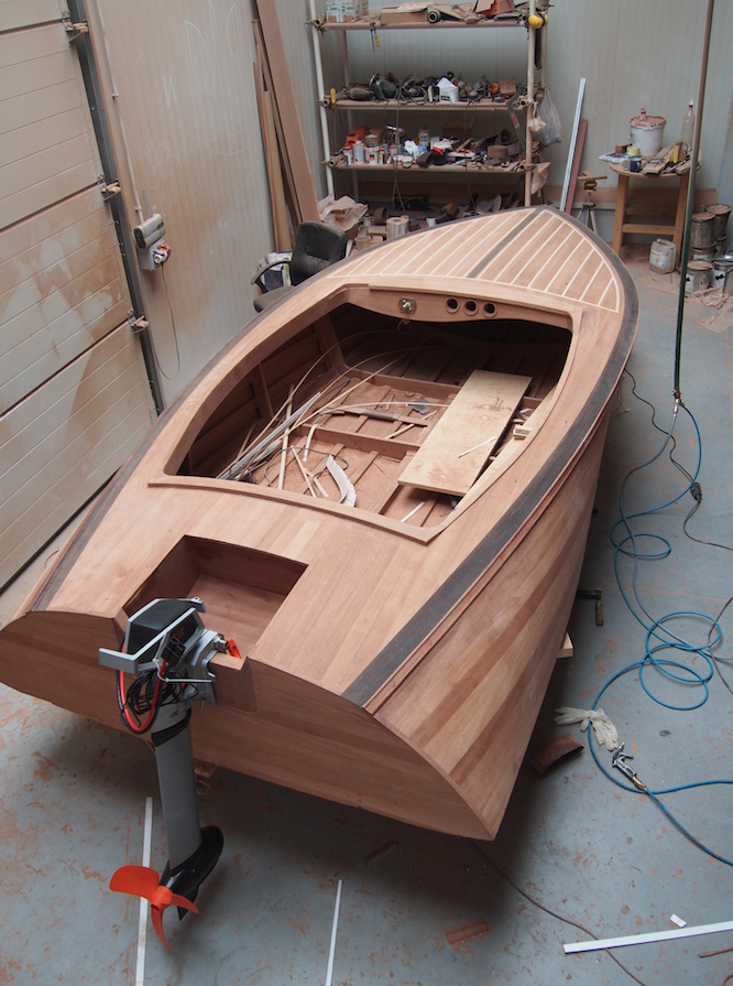 Classic Wooden Boat Plans » Banshee 14 Runabout | Boat ...