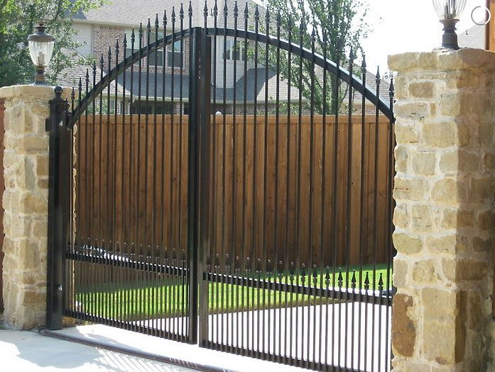Photo Gallery Fences Gates Dallas Fort Worth Outdoor Kitchens Patios Texas Outdoor Kitchen Patio Fence Gate Outdoor Kitchen