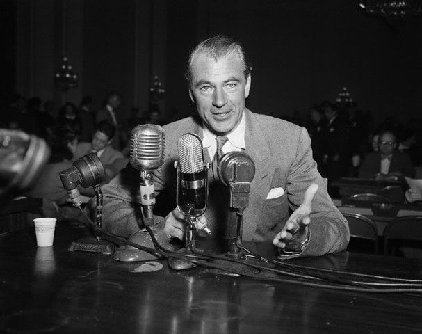 Actor Gary Cooper Testifies As A Friendly Witness Before The House Un American Activities Committee Cooper Admits That He Has Tu Gary Cooper Gary Hollywood