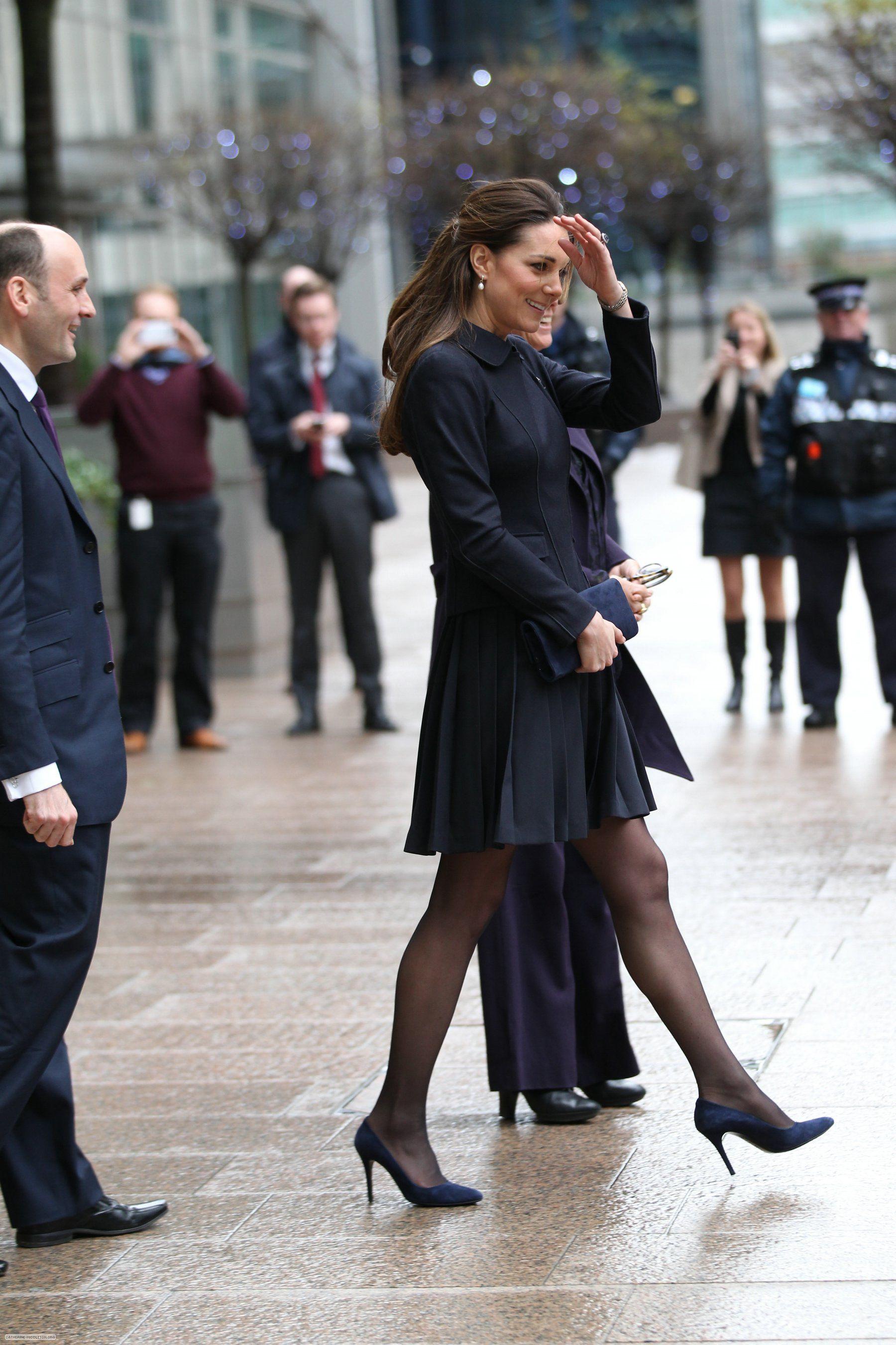 Pin Windwaker . Kate' Windy Clothes - London 2013