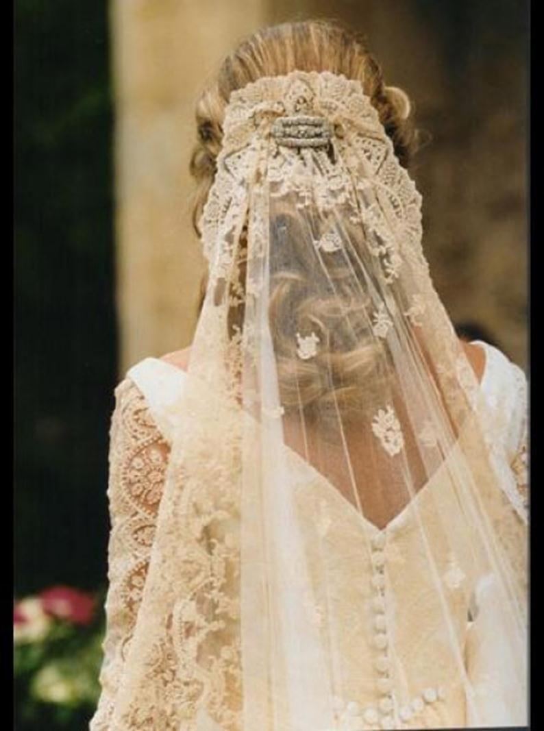 Lace veil teresa palazuelo wedding pinterest lace veils