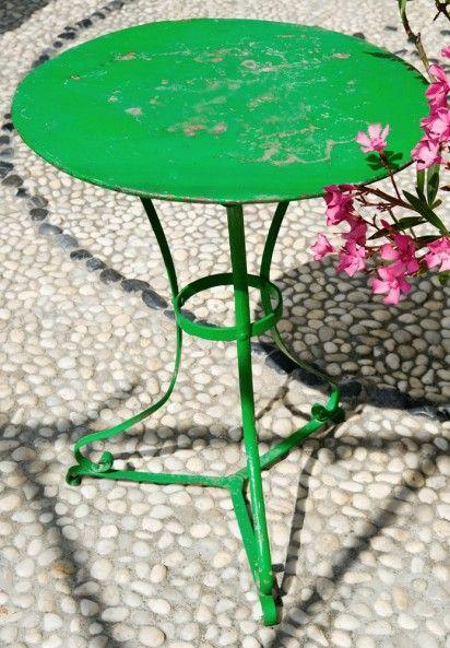 Garden Pedestal Table An Authentic Vintage Furniture Item Pedestal Table Vintage Furniture Painted Table