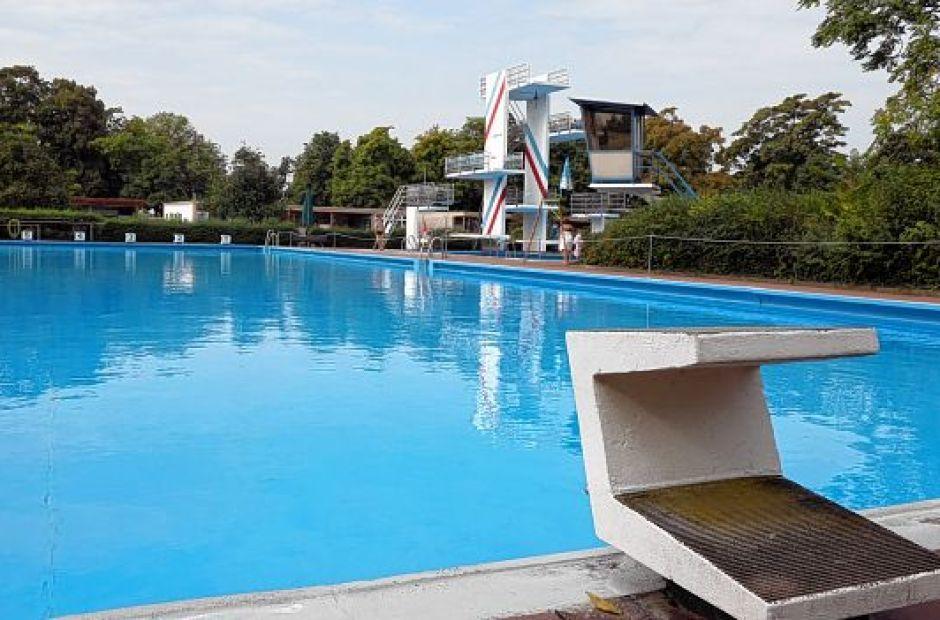 Diving Pool Favorite Places  Spaces Pinterest