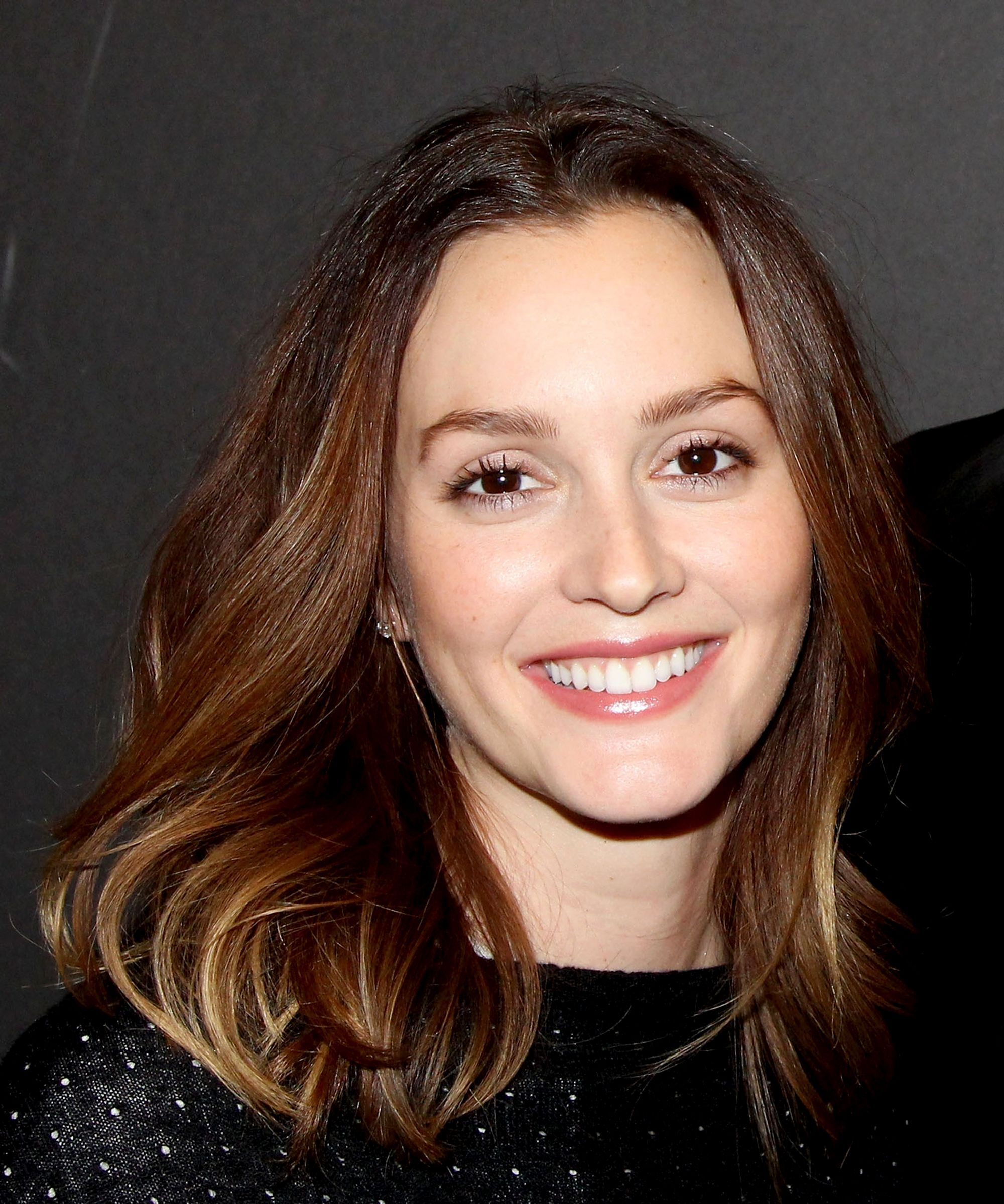 You Won T Believe What Leighton Meester Looked Like Before Gg Refinery29 Https Www R Leighton Meester Hair Going Blonde From Brunette Gossip Girl Hairstyles
