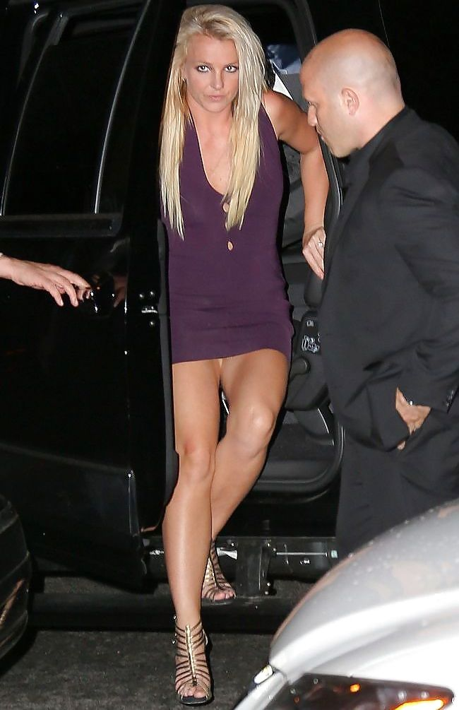 Britney spears no panties naked crotch shots planned