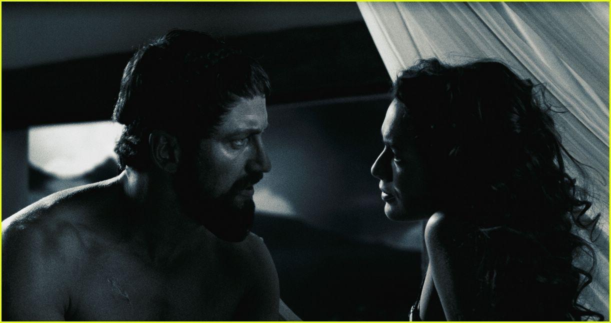 Celeb Gerard Butler Nude Scene Images