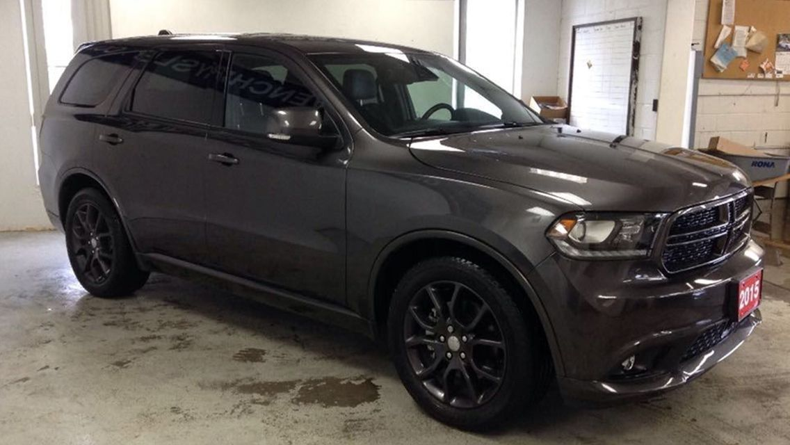 The Durango R T Is The Dodge Brand S Entry Level Performance V8 Offering For Its Popular Large Suv Lineup While The Durango R T In 2020 Dodge Durango Large Suv Mopar