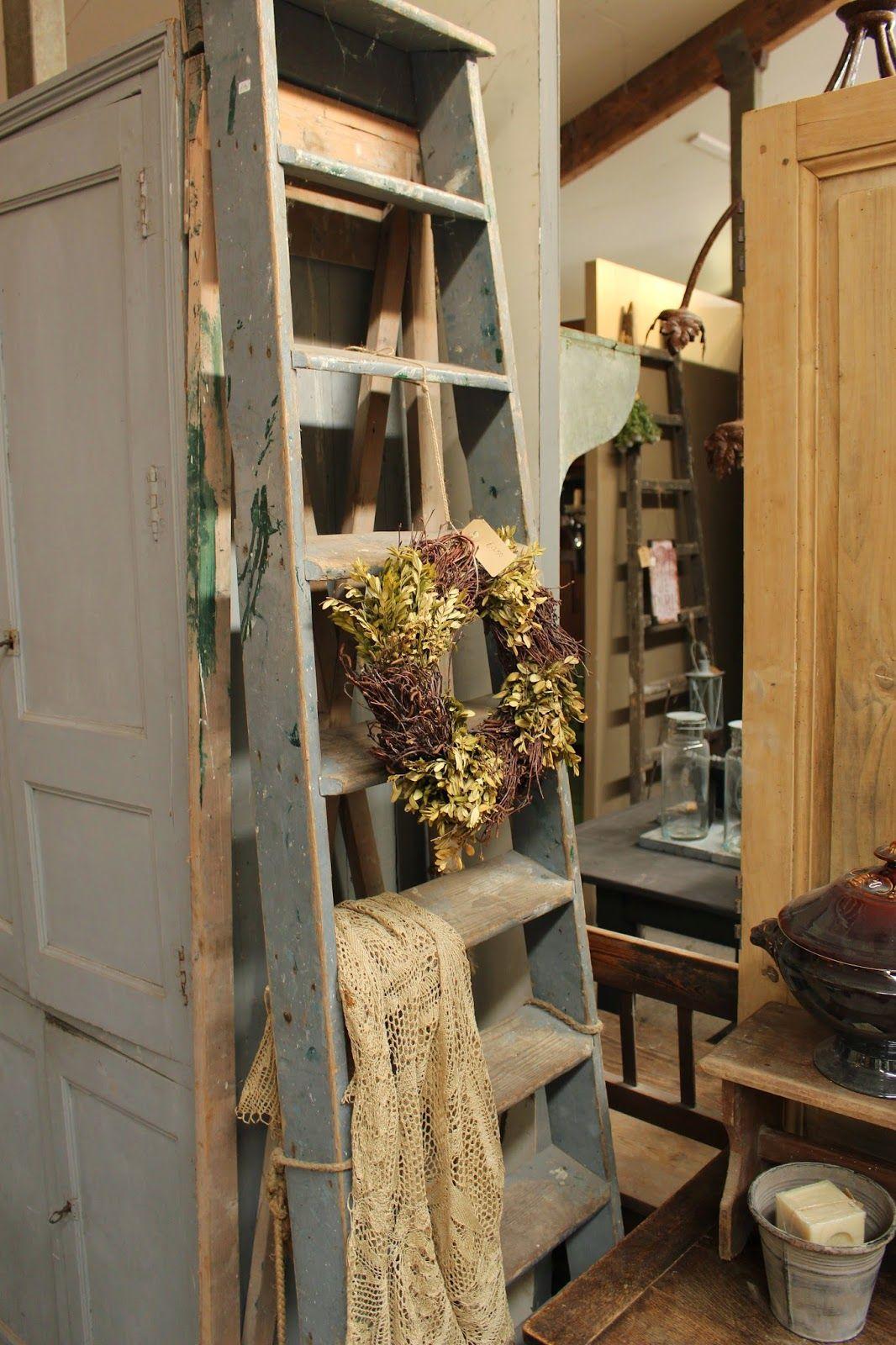 Het moonhuis ladders pinterest mud rooms stools and bench