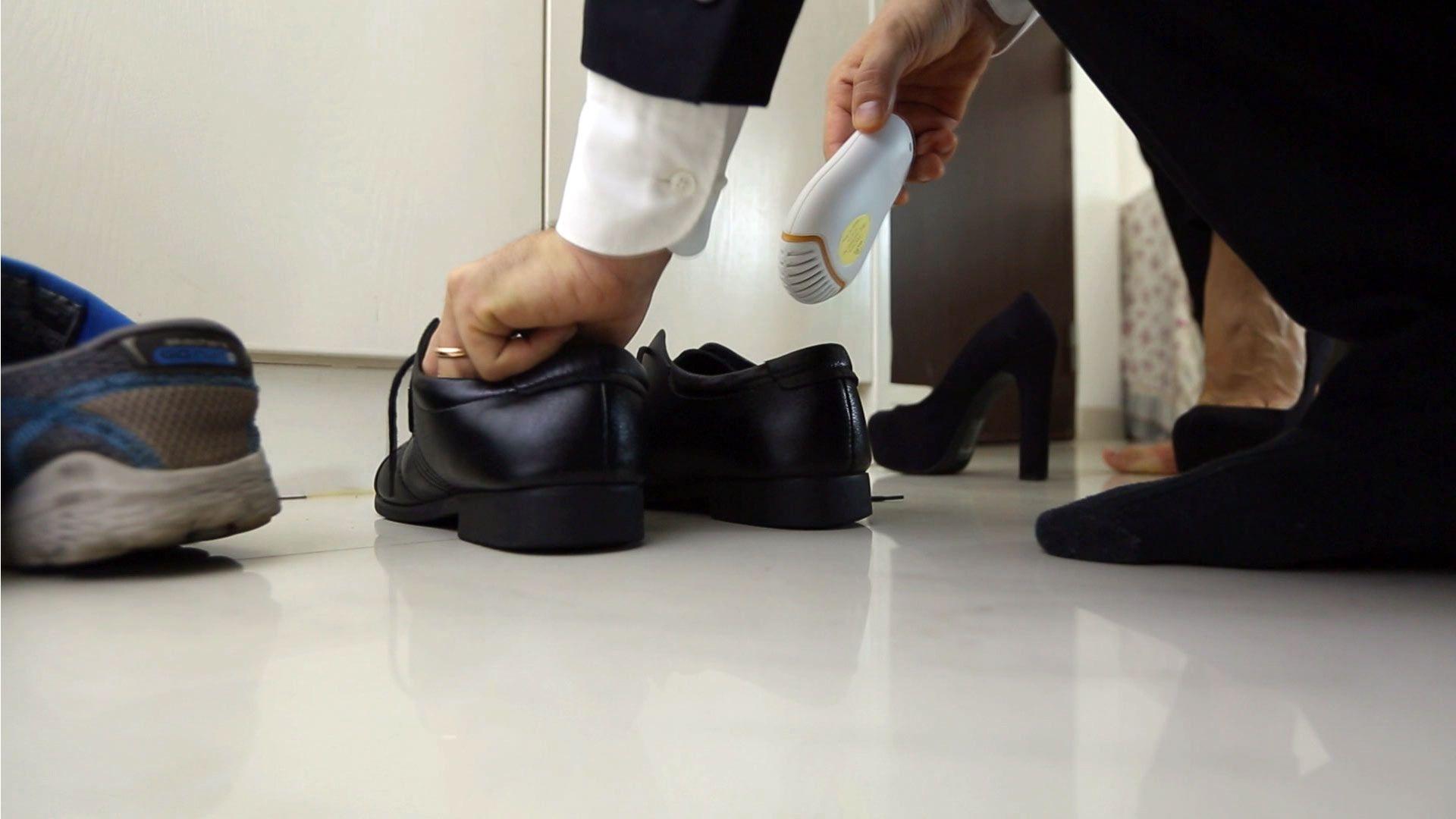 Was Hilft Gegen Stinkende Schuhe Nimmt Schlechte Geruche Auf