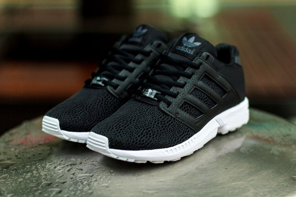 addidas zx flux Black