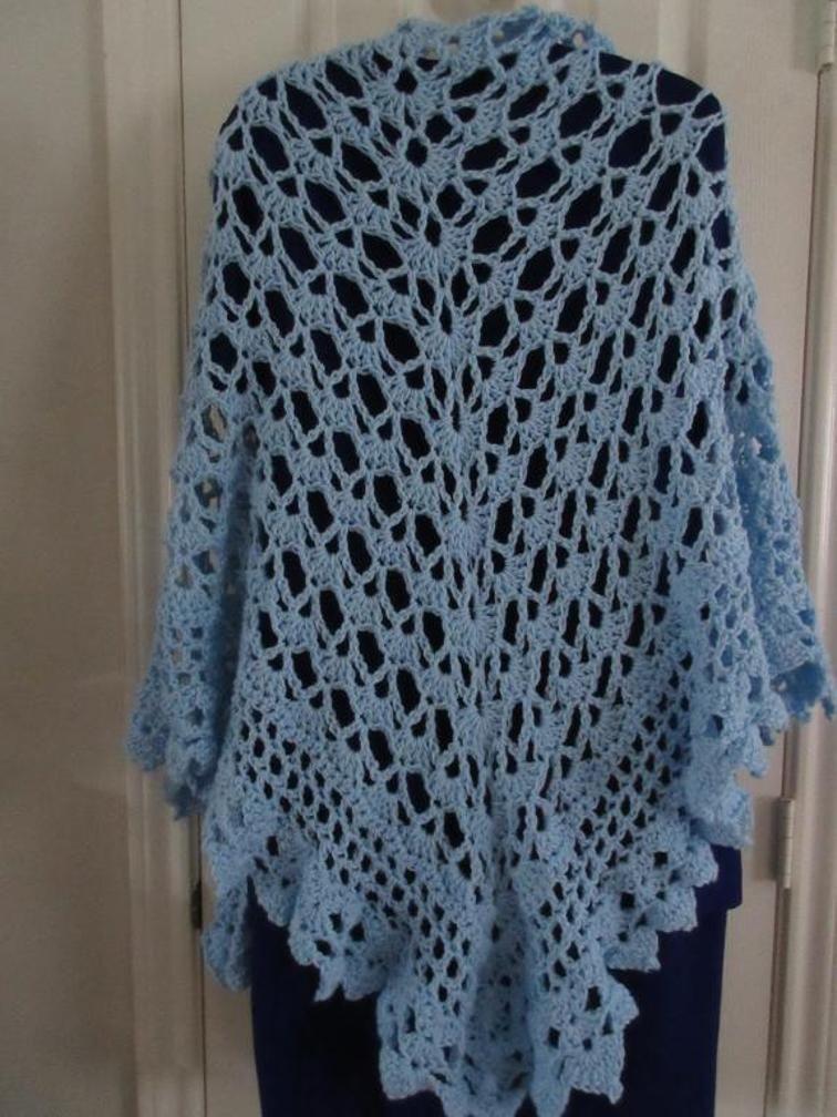 10 Shell Stitch Crochet Shawls Inspired by the Virus Shawl | Ponchos