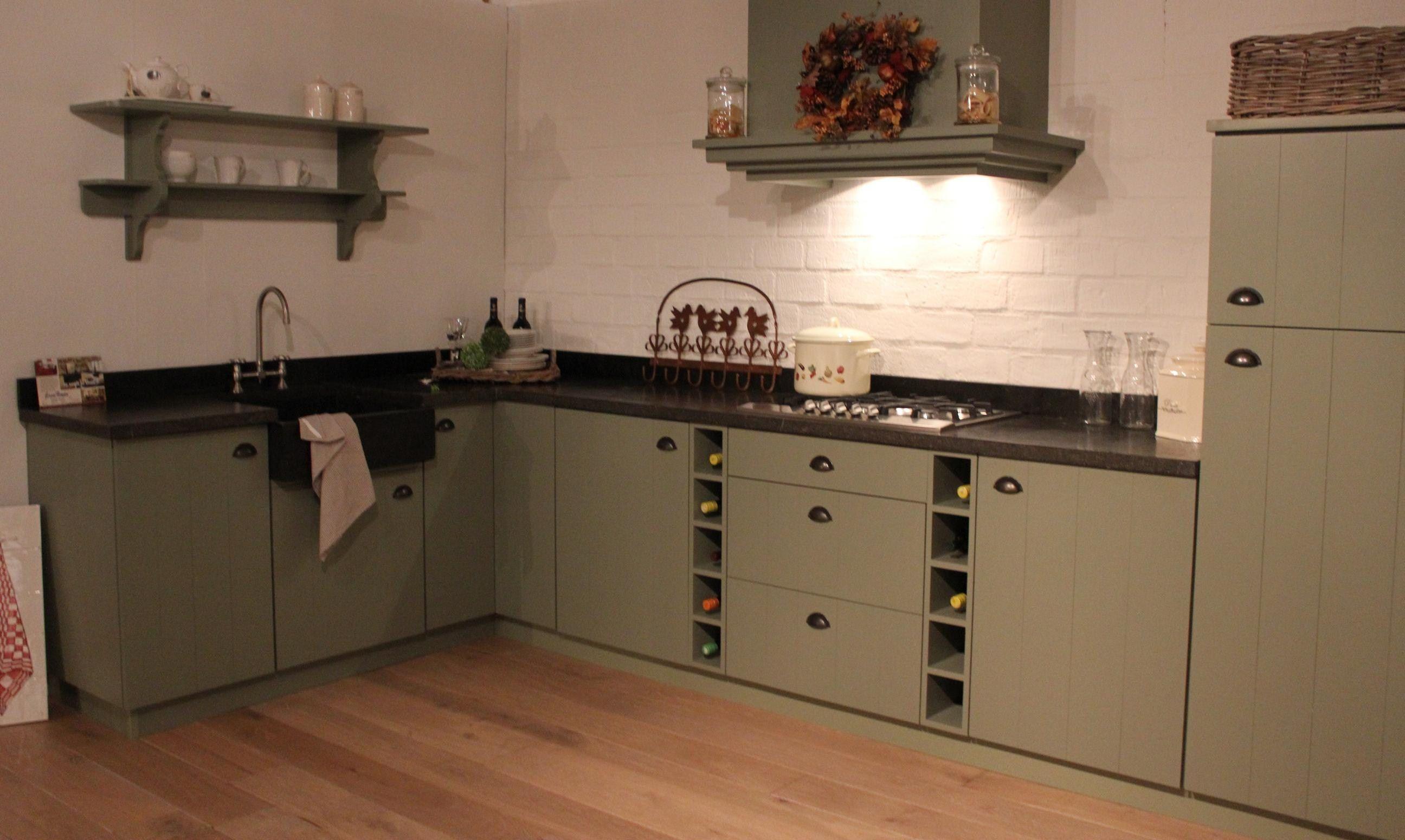 Landelijk Keuken Taupe : Gerard hempen keukens van hout landelijke keukens moderne