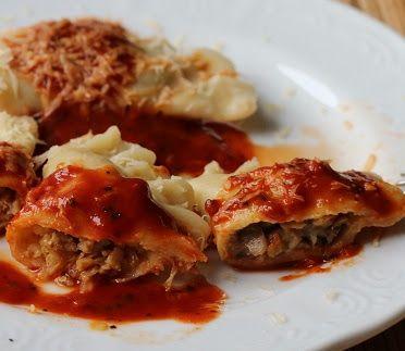 Domogród: Pierogi o smaku pizzy i gołąbków. Przepis na suuup...