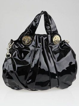 969fe46fad Get one of the hottest styles of the season! The Gucci Hysteria/ New  Without Tags Shoulder Bag is a top 10 member favorite on Tradesy.