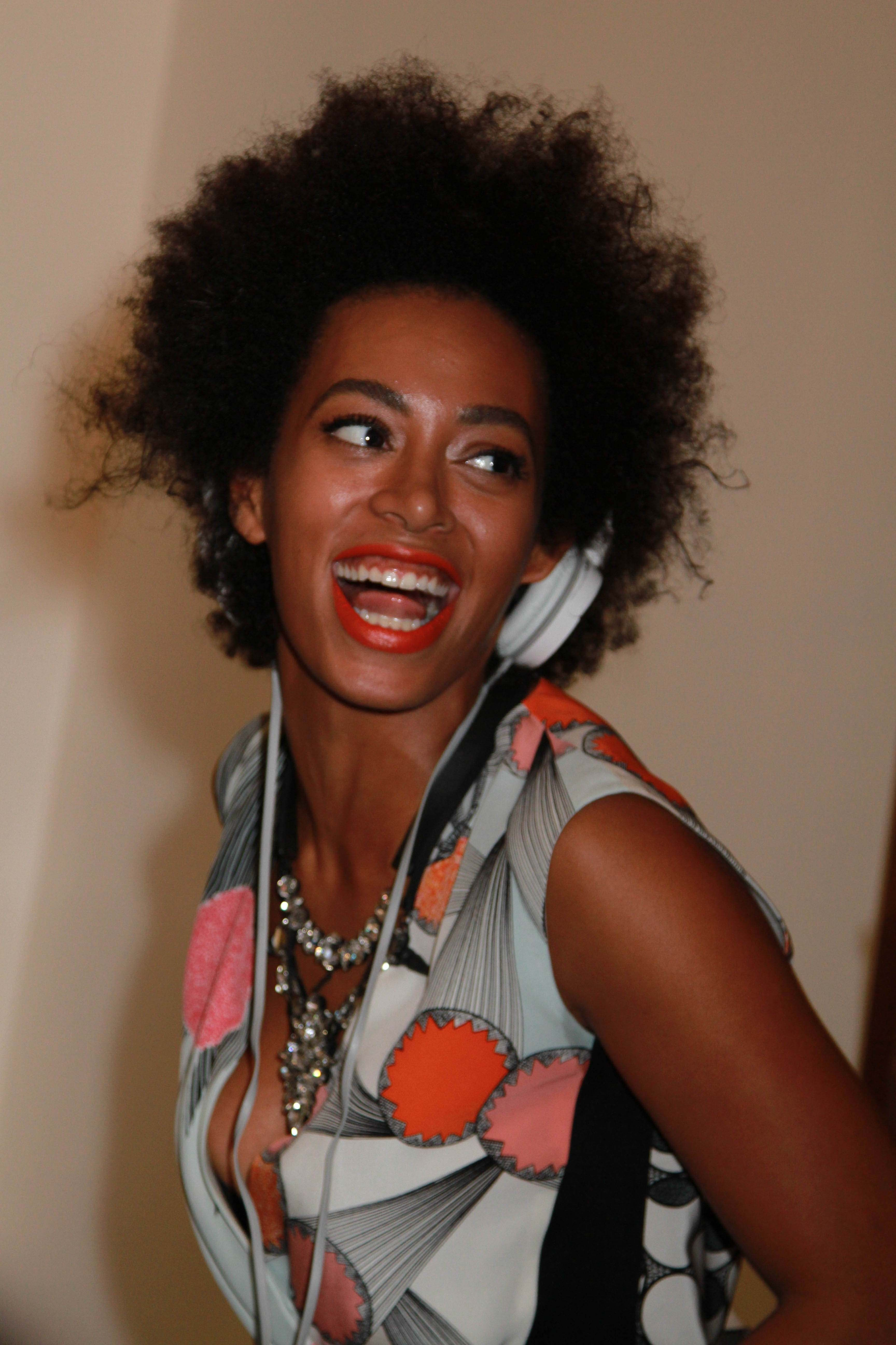Solange with short natural hair sheus everything in the world